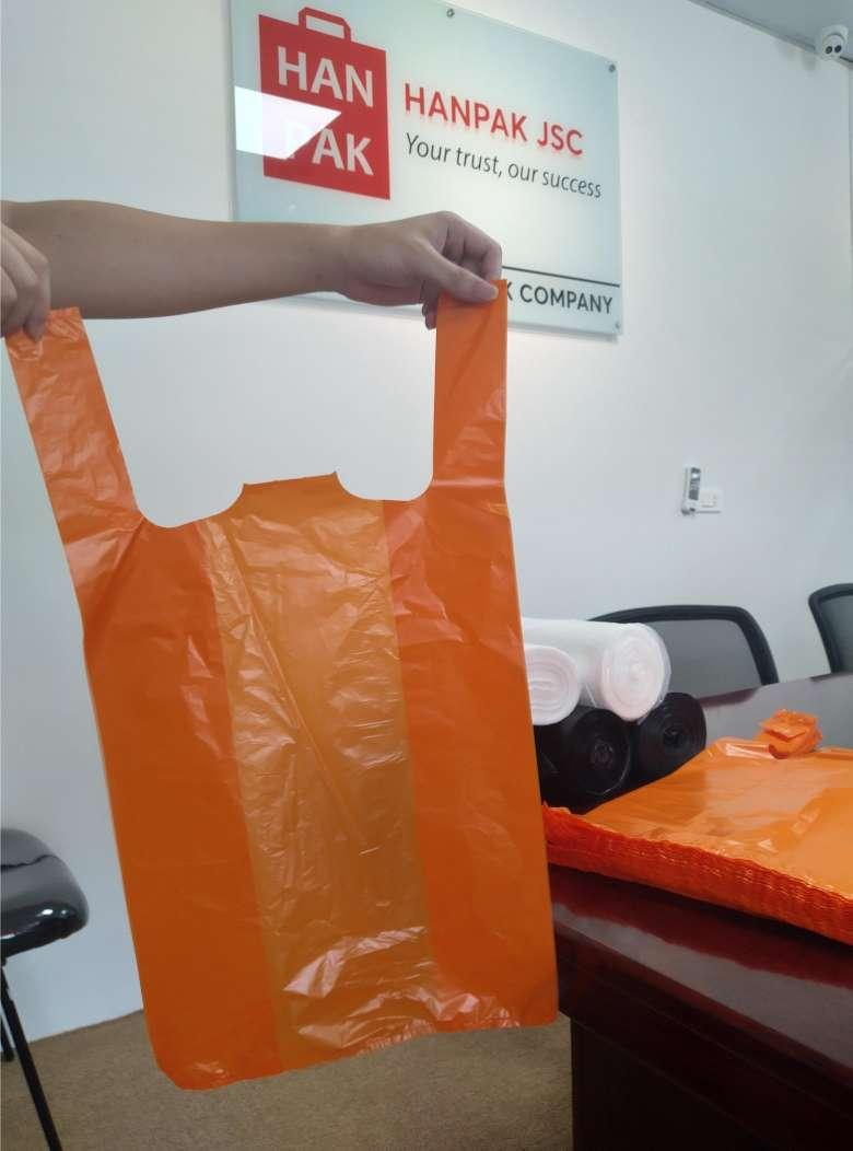 Hanpak poly carrier bag